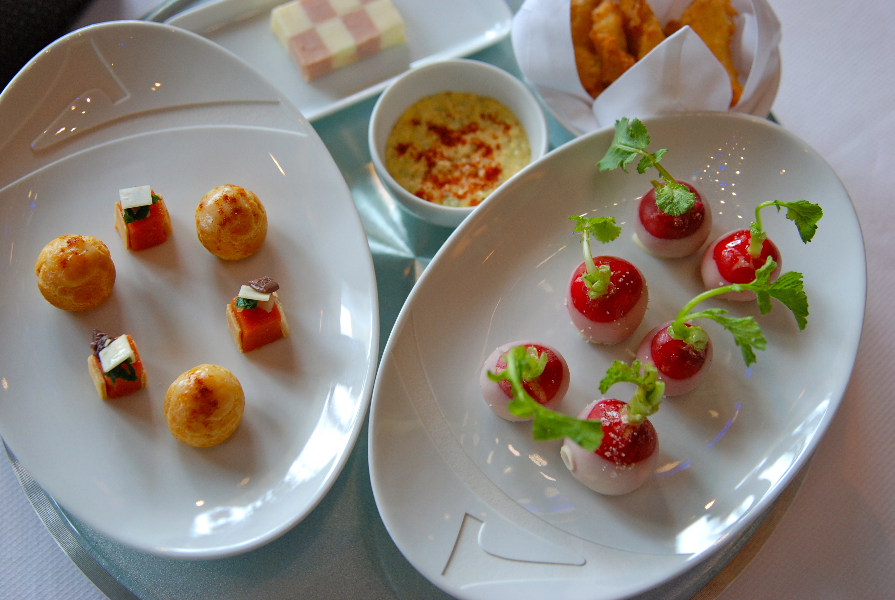 Yannick all no s s t a y beijing the zandie project for Canape garnishes